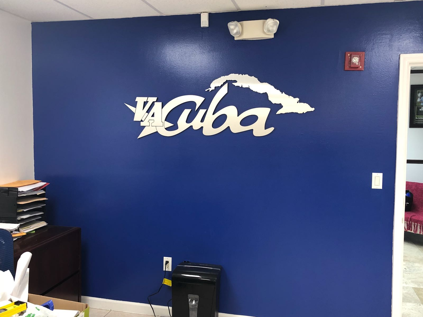 Vacuba Aluminum Brush Sign