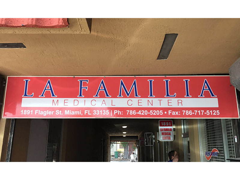 Vinyl Full Color with lamination familia medical center
